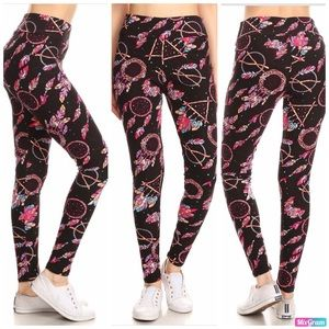 NWT Dream Catcher Leggings OS